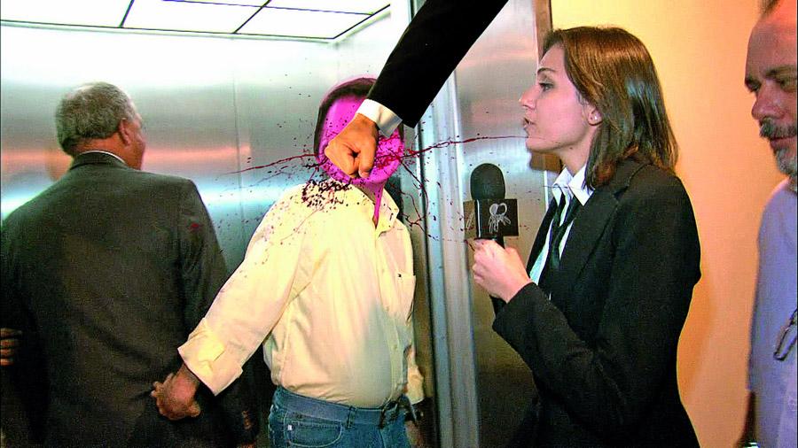 Monica com assessor do parlamentar José Tatico