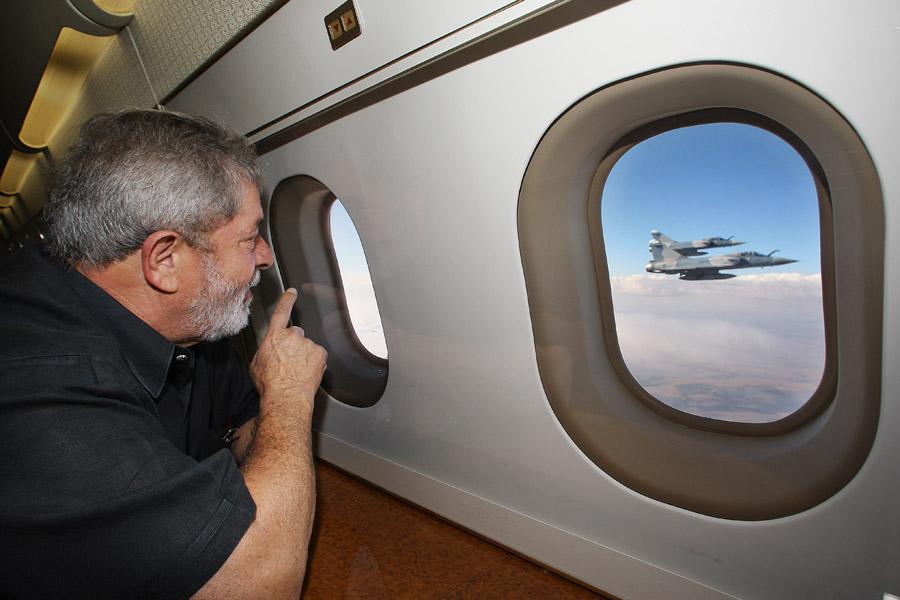 Observando uma apresentação de caças Mirage em 2009