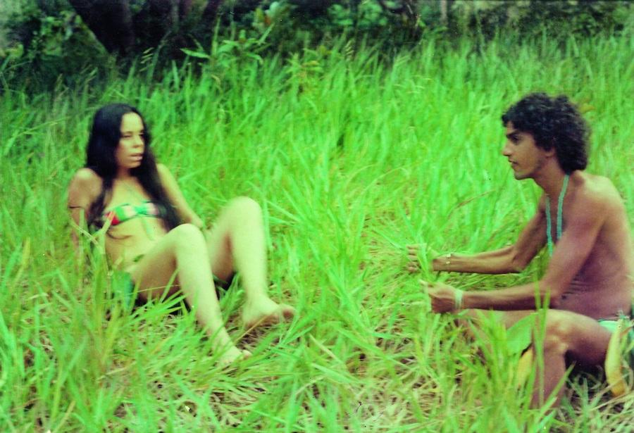 Baby como Eva e Caetano como Adão, em filme de Galvão