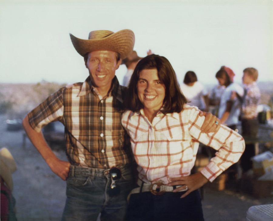 A caráter com o marido Don num rancho no Arizona