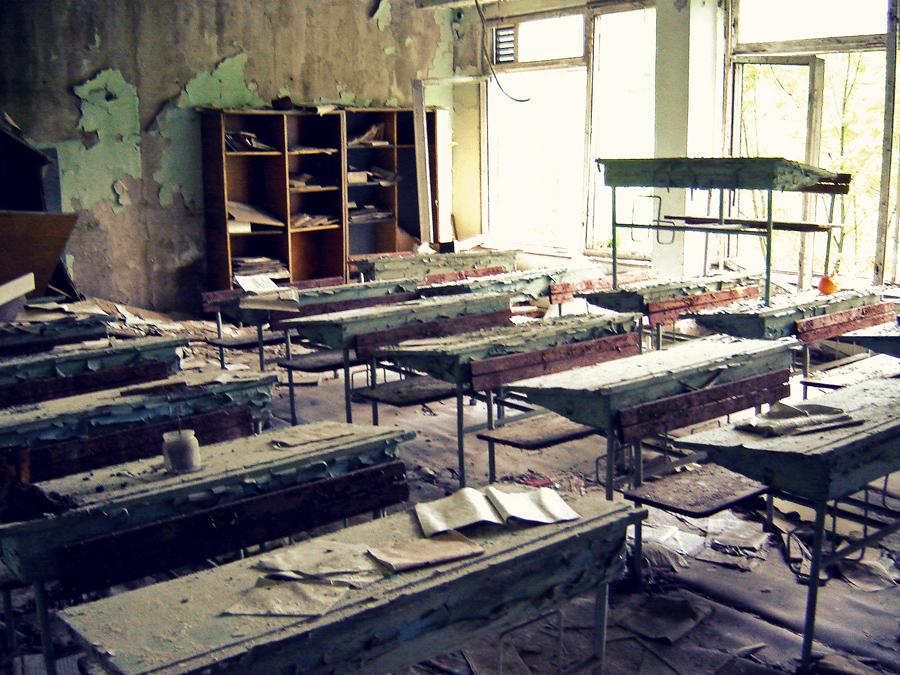 Sala de aula abandonada as pressas