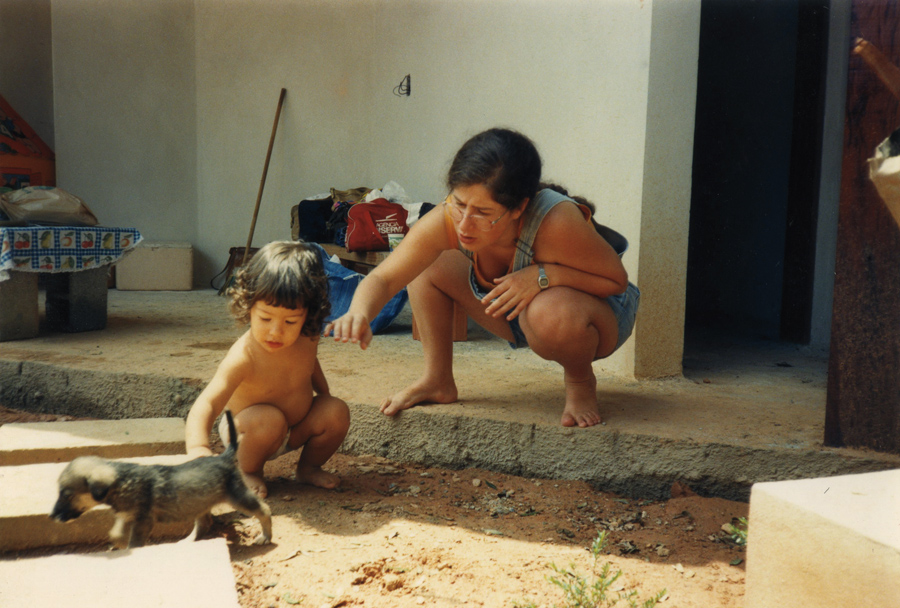 Com a filha Melina em 1990