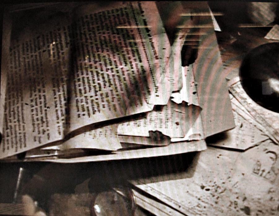Infiltrado na Base Aérea de Salvador, Faustini registrou quilos e quilos de documentos confidenciais da ditadura sinistramente queimados. O caso virou investigação da PF depois, mas não foi solucionado