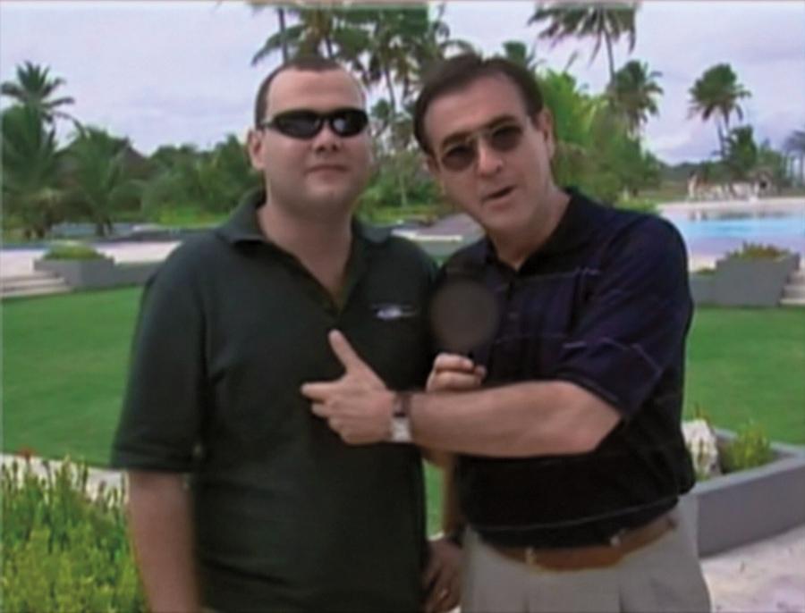 Amaury Jr. entrevista o falso filho do dono da Gol em dois momentos no Recifolia
