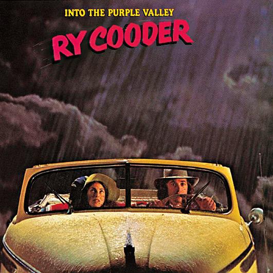 6. Apesar de não ser grande cantor, Ry Cooder encanta por sua visão artística genuína, sua elasticidade musical e seu talento como guitarrista