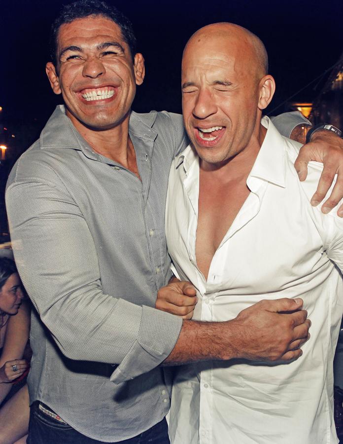 Com o ator Vin Diesel na estreia de Velozes e furiosos 5, que foi gravado no Rio