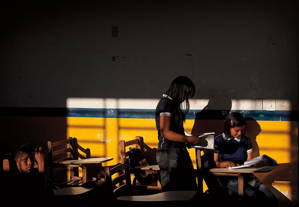 Aula na escola D. Pedro I  em dia de falta de luz