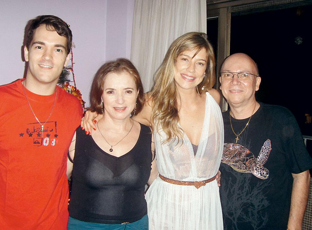 no último Natal com o irmão, a mãe e o pai