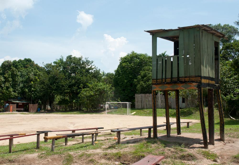 o campo onde a equipe do Baré treina