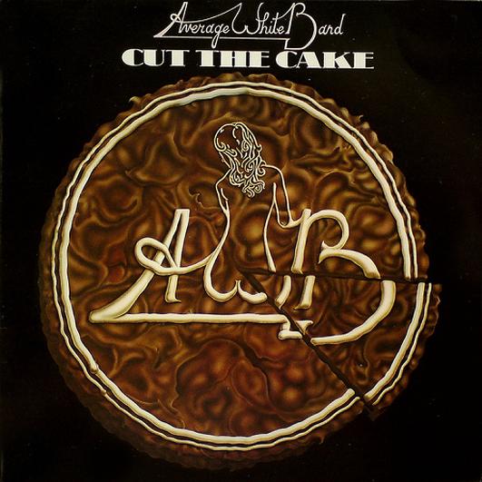 2 Além de virar hit incontestável, Cut the cake marca a entrada do primeiro integrante negro na Average White Band, a banda de funk mais assumidamente branquela da história