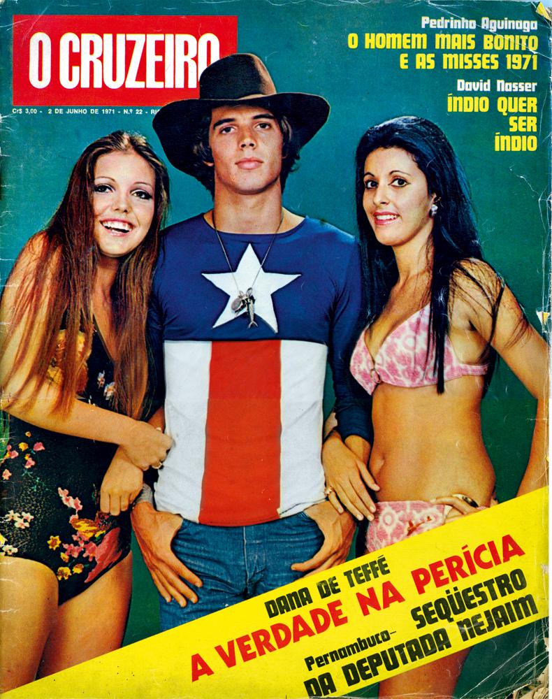 com duas concorrentes a miss de 1971