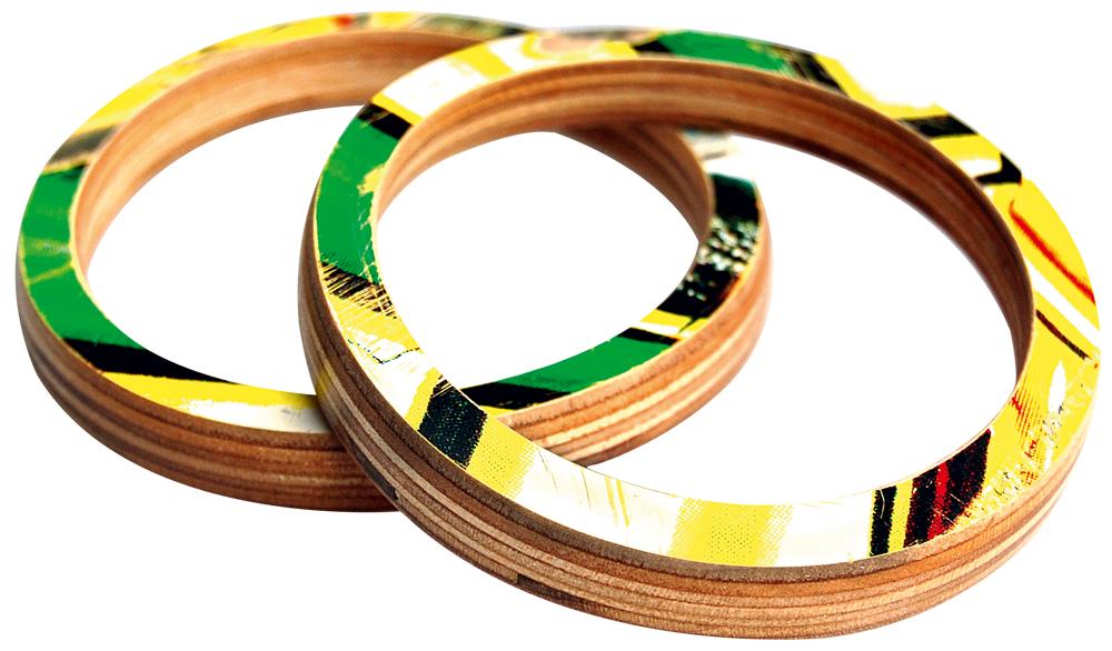 PULSEIRAS DE SHAPE - Utiliza estampas de shapes de skate quebrados e reciclados, US$ 24 (http://tinyurl.com/7oxxhgz)