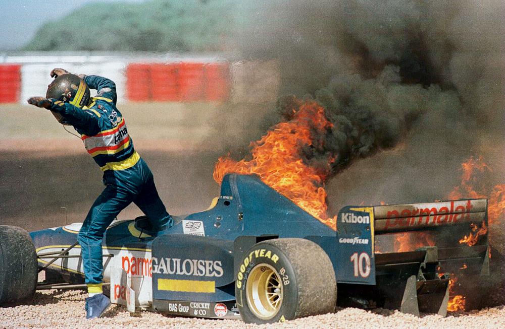 Pedro após o acidente  na Argentina,  em 1996