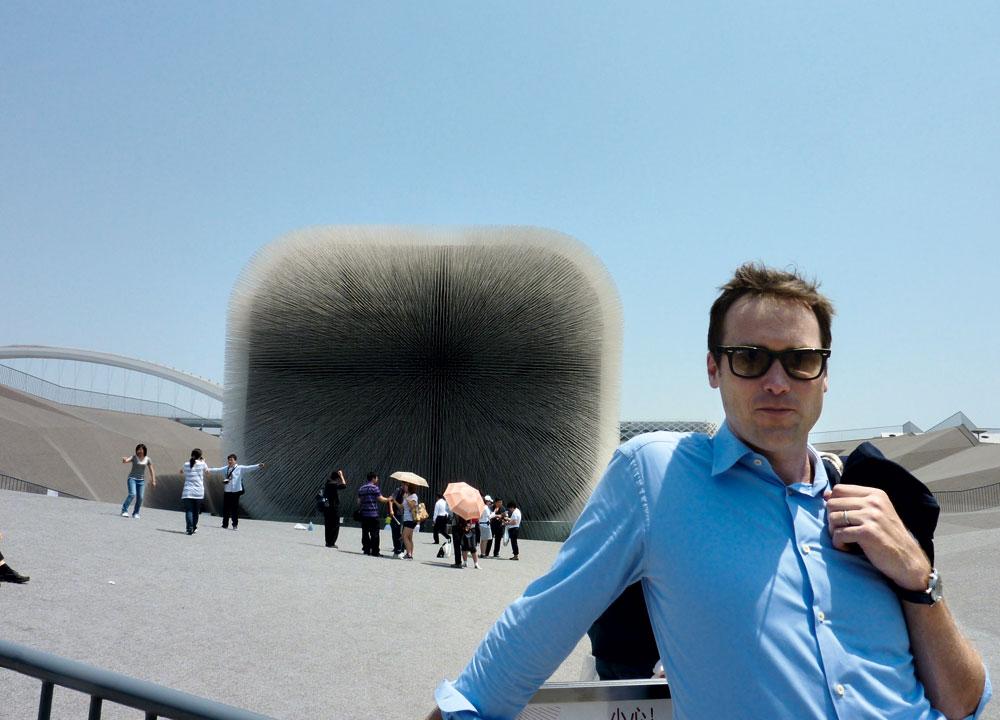 o autor em viagem a Xangai