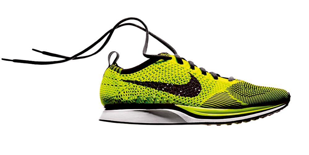 A Nike desenvolveu uma linha de macacões e sapatilhas que funcionam basicamente como uma segunda pele, praticamente sem costuras e sem zíperes e testado em túneis de vento, que pode render uns centésimos
