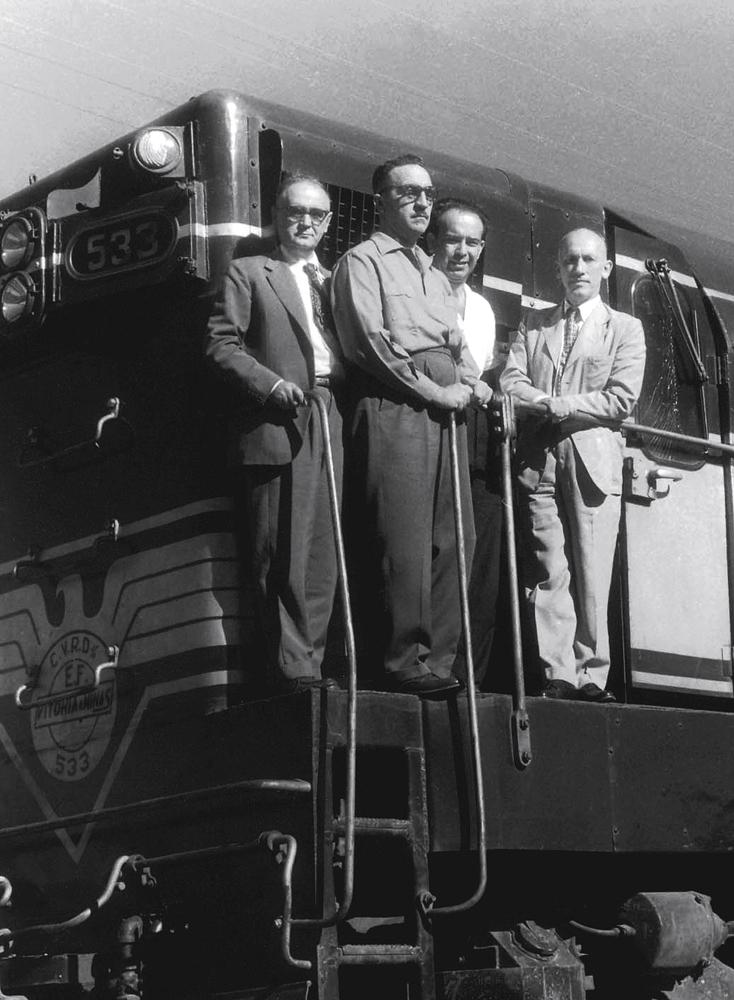 na ferrovia Vitória-Minas, em 1956