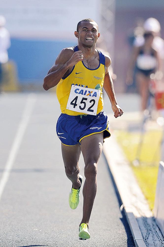 Joilson Bernardo da Silva - Medalha de bronze nos Jogos Pan-Americanos de Guadalajara,2011, nos 5.000 m