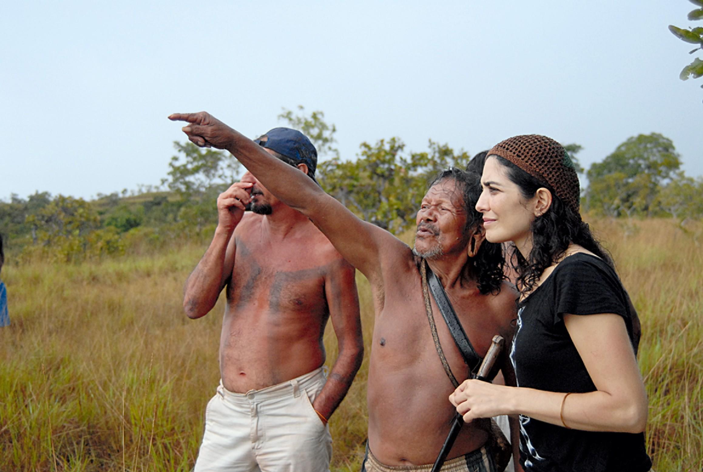 Como diretora durante as filmagens do documentário Hotxuá com os índios Krahô, em 2009