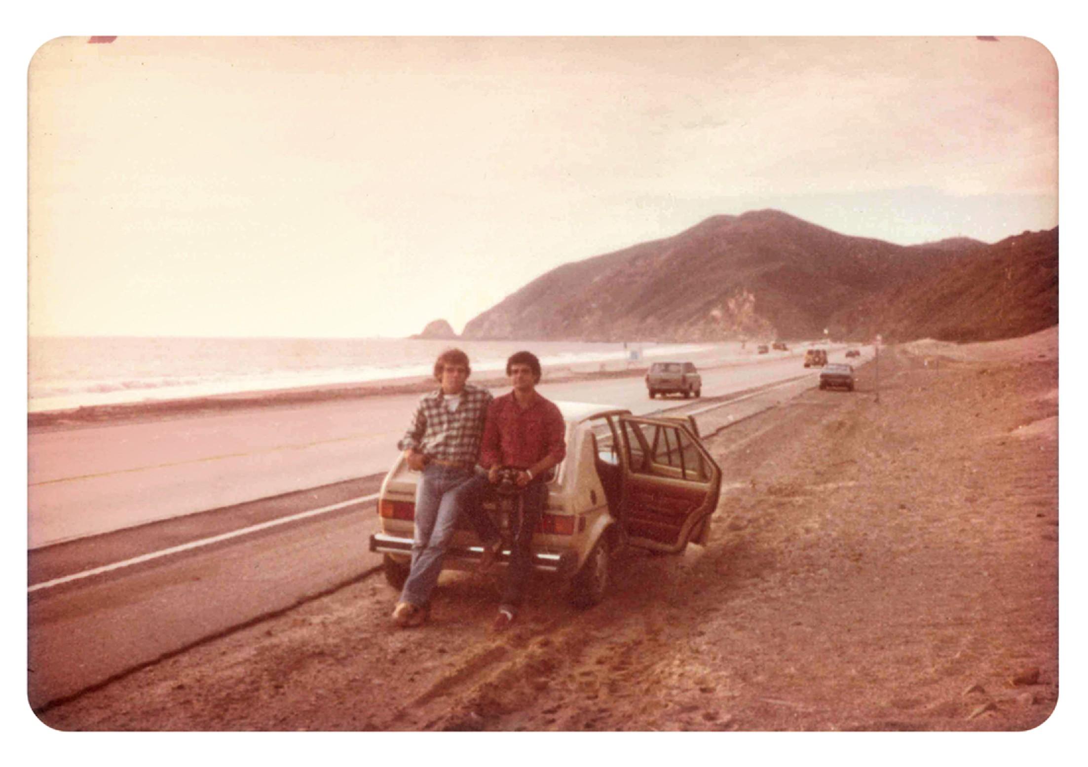 Com o amigo Guilherme Martins de Almeida, o Dumdum, em 1978, quando alugaram um carro e viajaram por toda costa da Califórnia