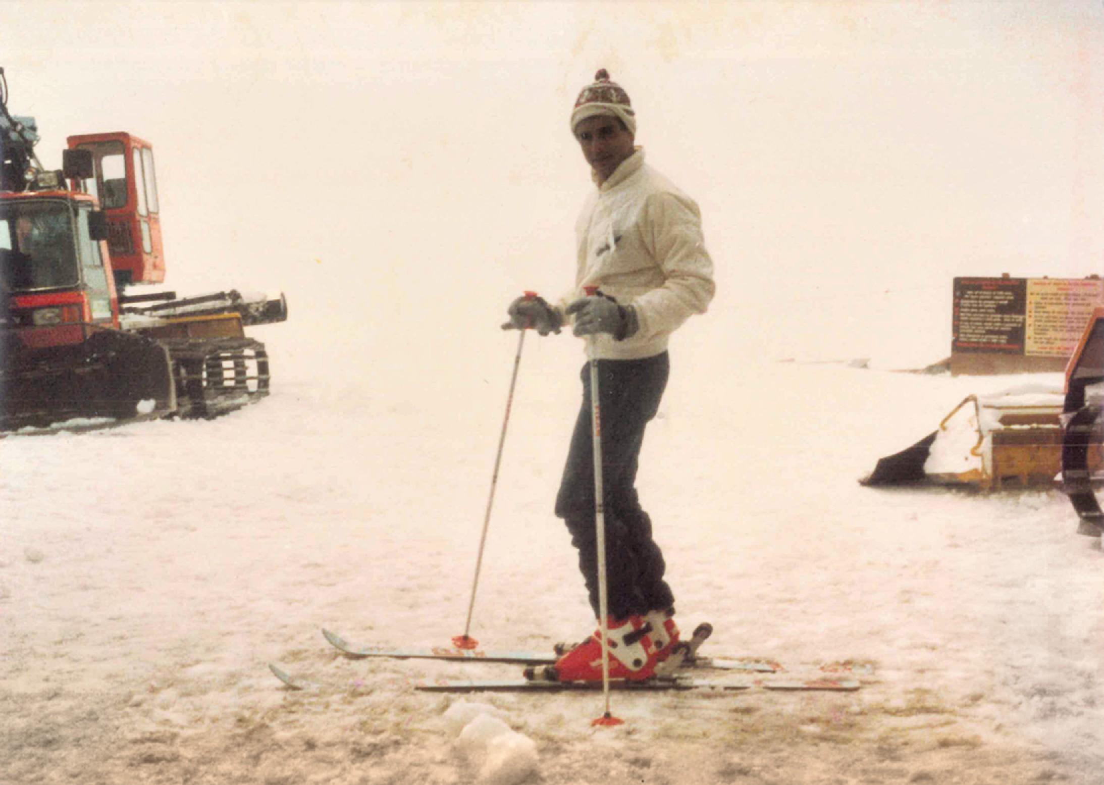 esquiando em Zermatt na Suíça (1982)