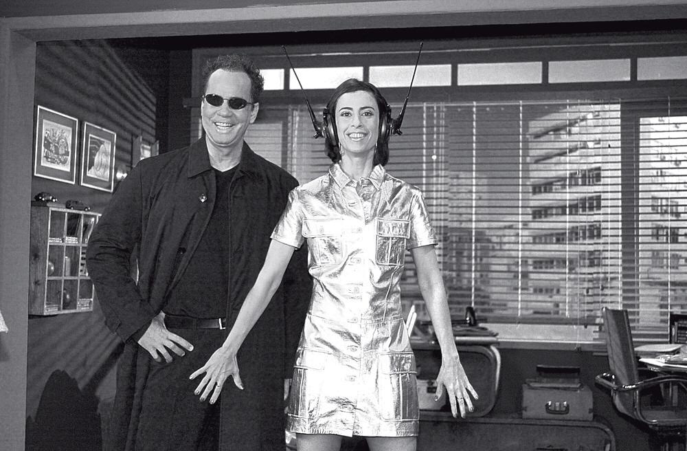 'Nem por um caralho cravejado de brilhantes' - Fernanda Torres e Luis Fernando Guimarães em Os normais (Globo, 2001-2003)
