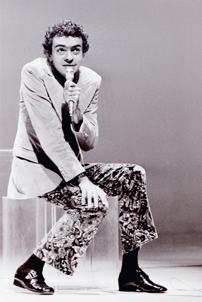 Chico Anysio faz show em São Paulo, em 1971