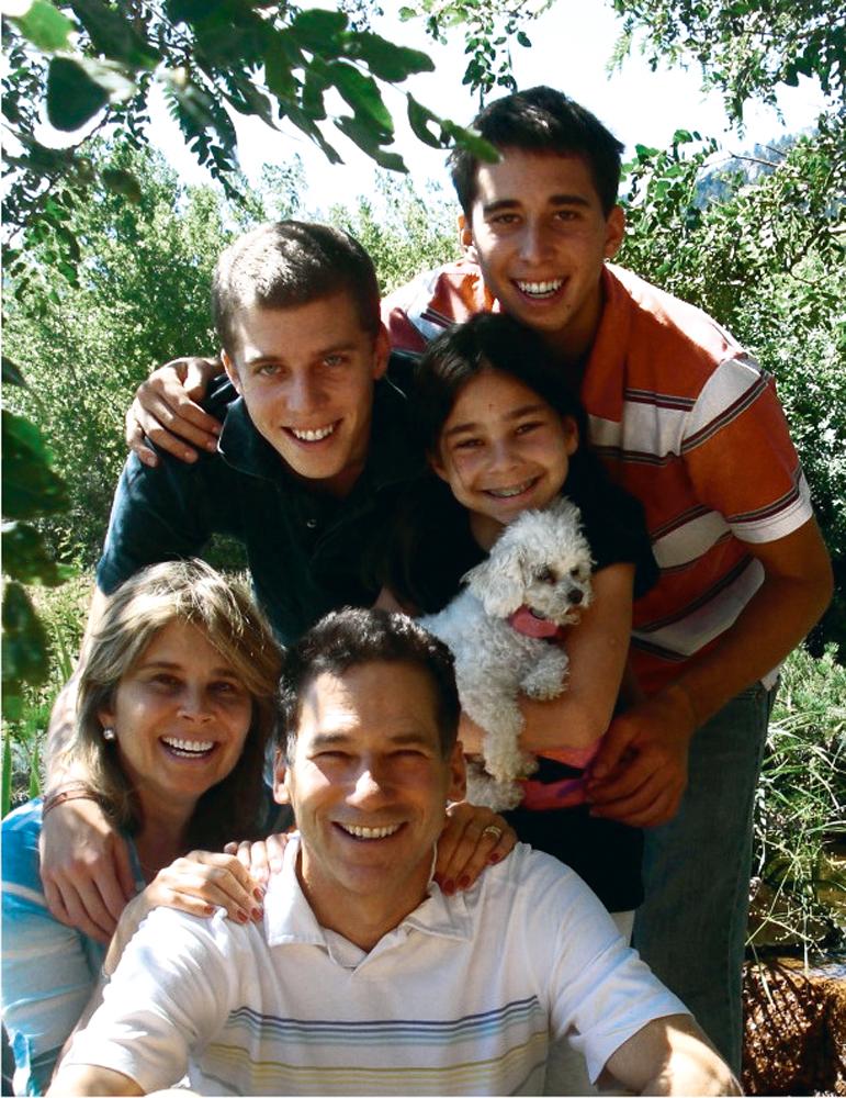 Com a mulher, Lizanne, e os filhos, Christian, Thomas e Gabriela