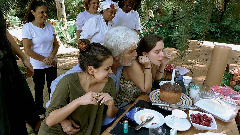 Com as filhas Bárbara e sofia (à dir.)