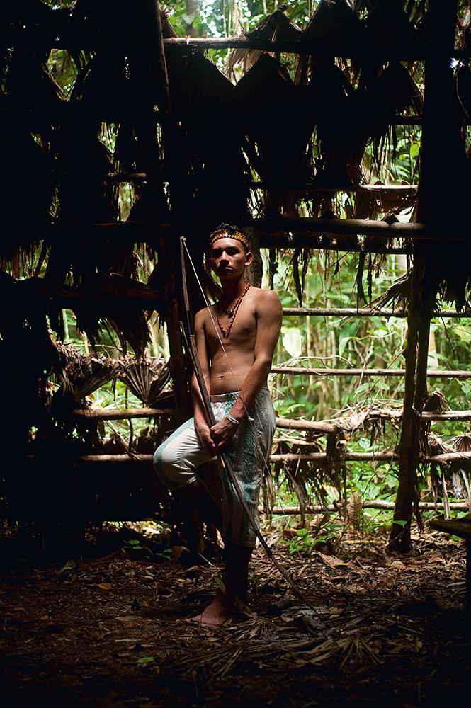 Iagoara, um dos índios que disputa vaga no time brasileiro de arquearia