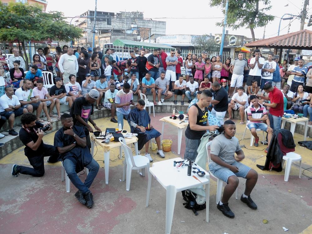 Batalha de barbeiros em São Gonçalo (RJ)