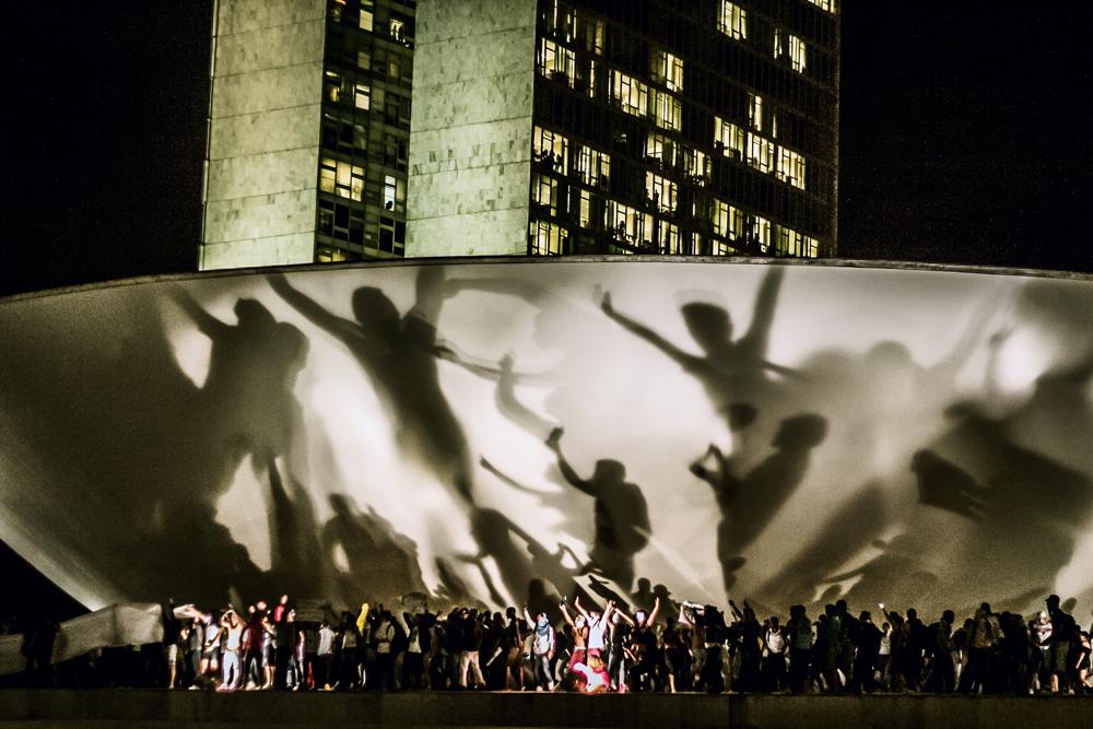 Em 17 de junho de 2013 os manifestantes invadem o Congresso Nacional pedindo melhorias no país. A foto é da Mídia Ninja
