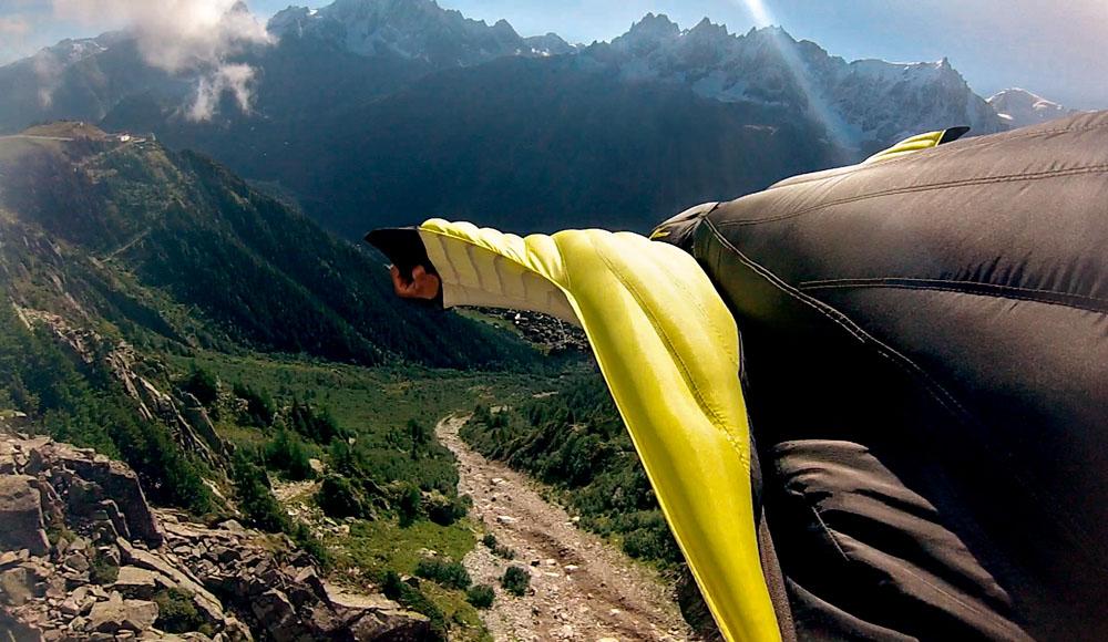 Fernando Gonçalves voando em Chamonix, na frança