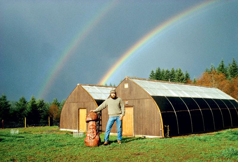 Stamets em sua fazenda/casa/laboratório, a famosa Fungi Perfecti