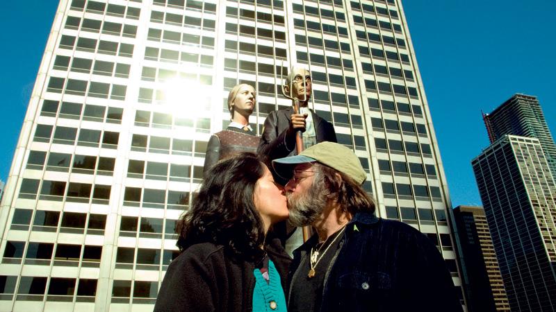 Dusty Yao e Paul, parceiros no amor e no amor aos fungos, em Chicago