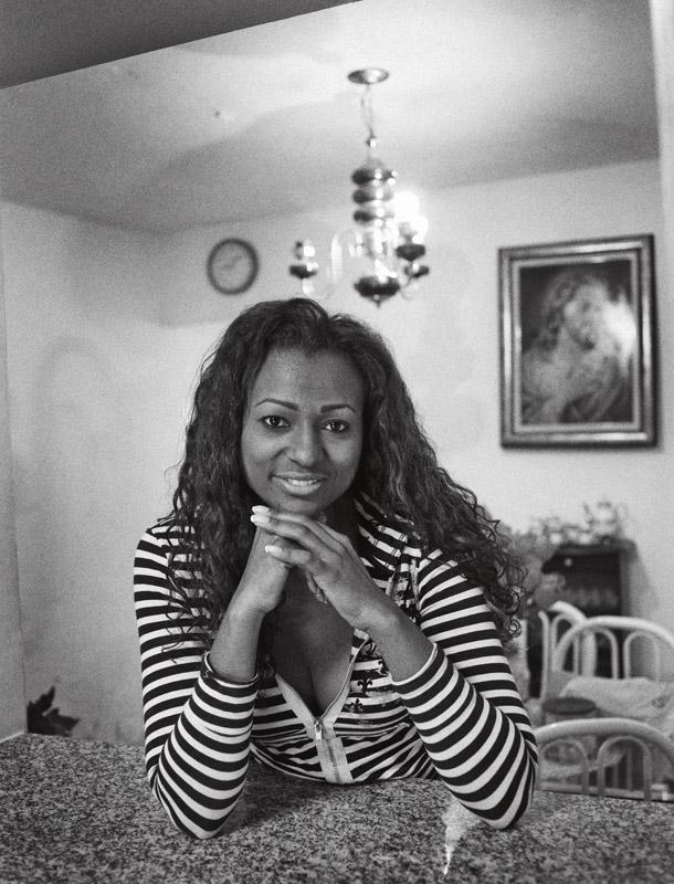 Elaine de Abreu, 31 anos, advogada, bancária e passista da Sociedade Rosas de Ouro
