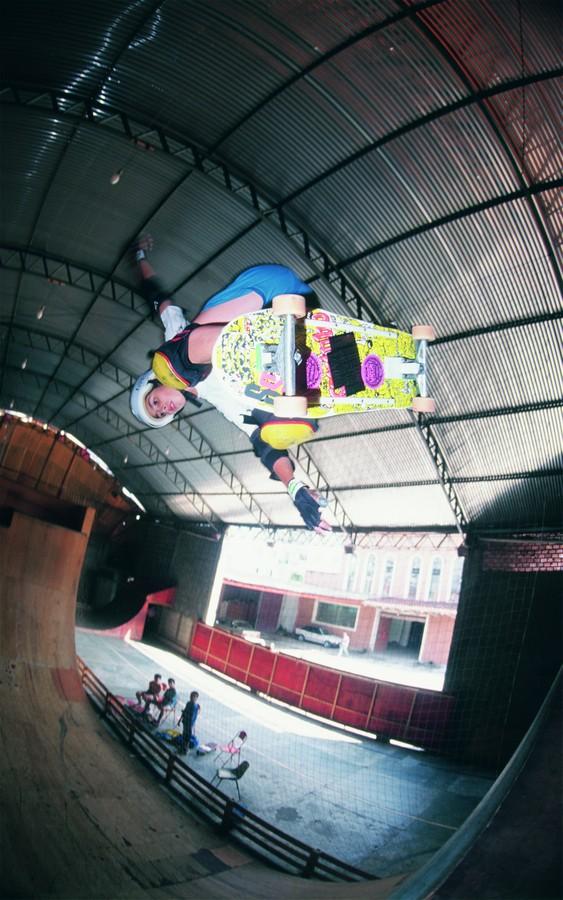 Cristiano Mateus, no fim da década de 80, na Ultra Skate Park, pista que seu pai construiu para ele