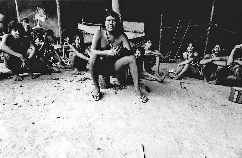 Registro da fotógrafa Claudia Andujar, que tem vasto material de décadas de convívio e trabalho com os Yanomami