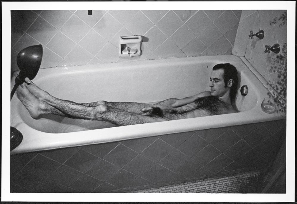 Ney Matogrosso em foto histórica publicada no livro: como fotografar um filho