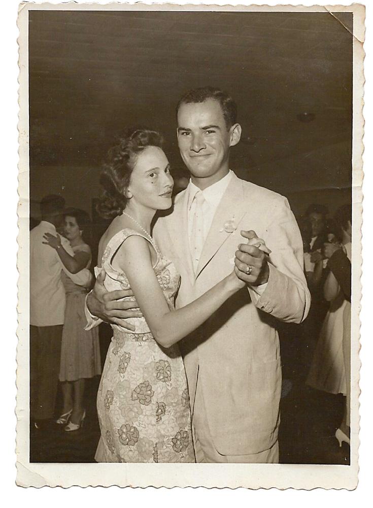 Os pais, Cecília e José Carlos