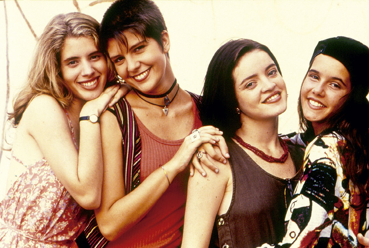 Com Daniela Valente, Georgiana Goés e Maria Mariana, na época do seriado Confissões de Adolescente, em 1994