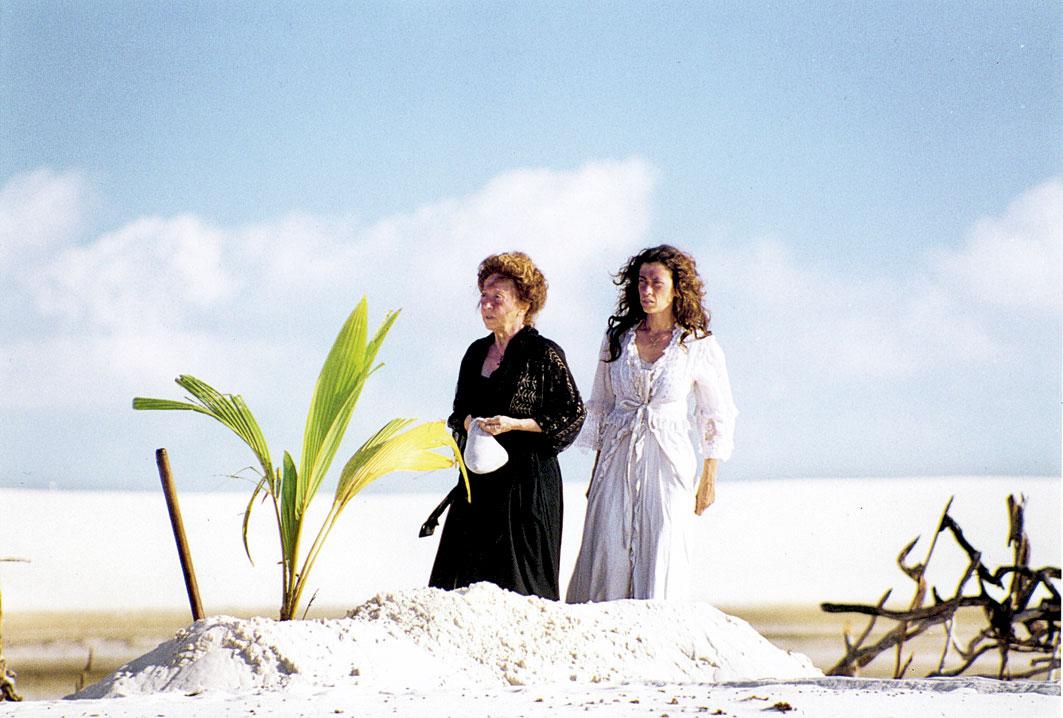Durante as filmagens de Casa de Areia (em 2005), dirigido pelo marido, Andrucha Waddington