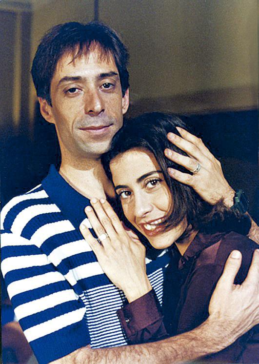 Com Pedro Cardoso, em A comédia da vida privada (1996)