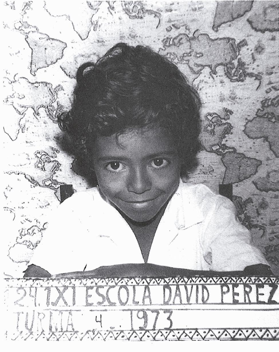 Rumo ao senado: aos 7 anos, na escola em Vila da Penha, bairro carioca onde nasceu
