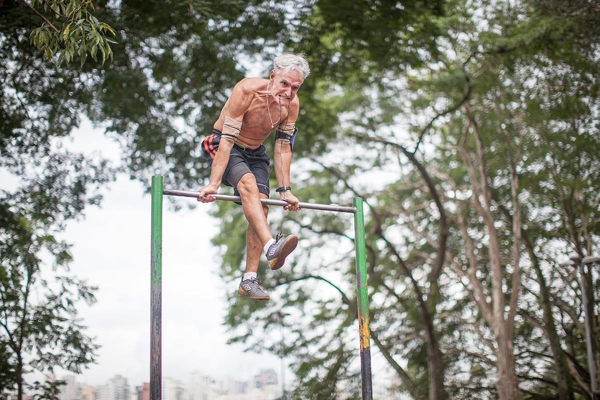José Carlos, de 62 anos, que também treina no parque