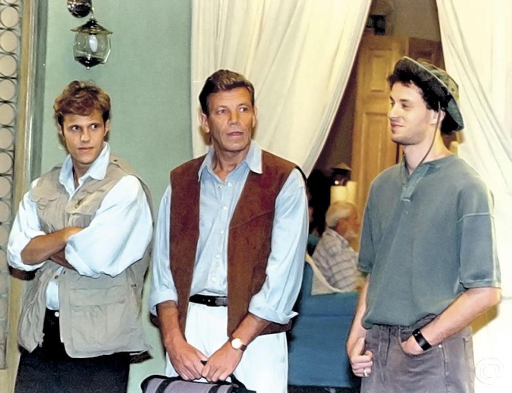 """Sua estreia na TV na novela """"O amor está no ar"""", de 1997"""