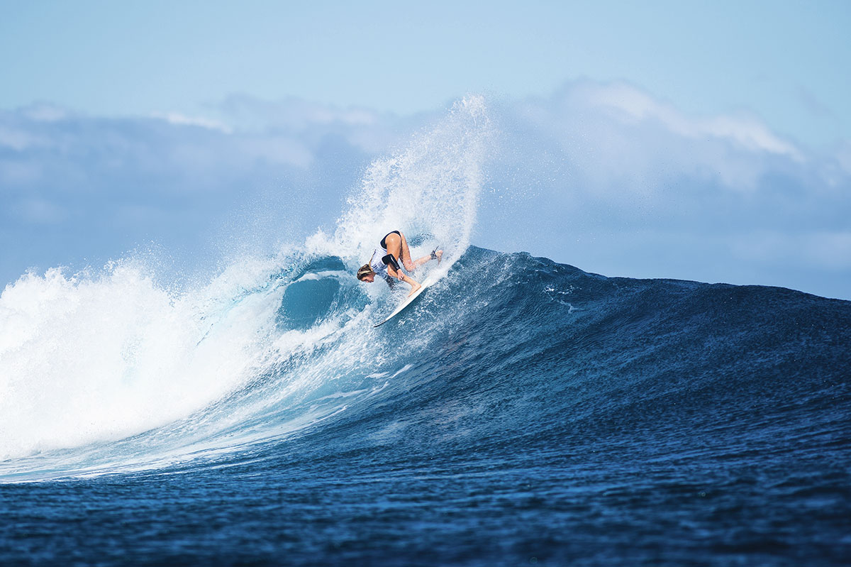 Laura Enever nas quartas de final do Fiji Women's Pro