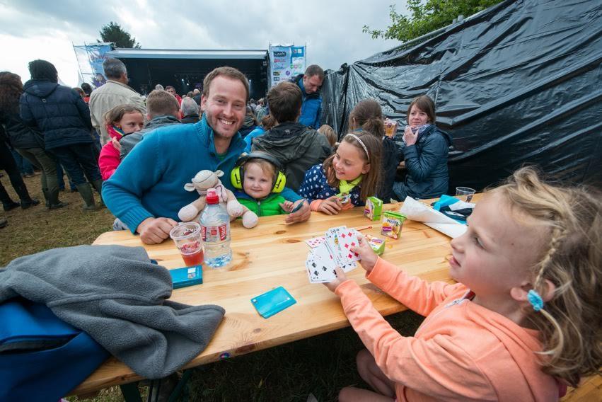 Um festival de rock para as famílias da pequena Longueville