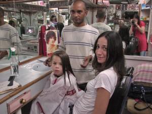 Bicuda para cortar o cabelo na Índia