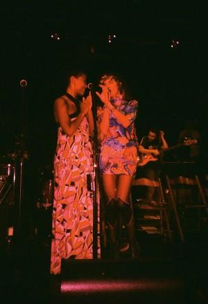 Thalma e Cibelle: parceria de vida e de palco