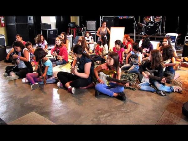 Oficina de Guitarra para Meninas - em Sorocaba, interior de São Paulo